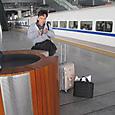 済南南火車站のホーム喫煙所